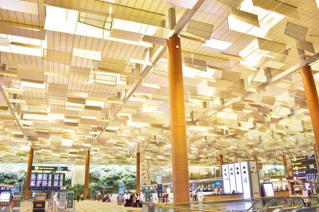 チャンギ空港ターミナル3のすごい天井