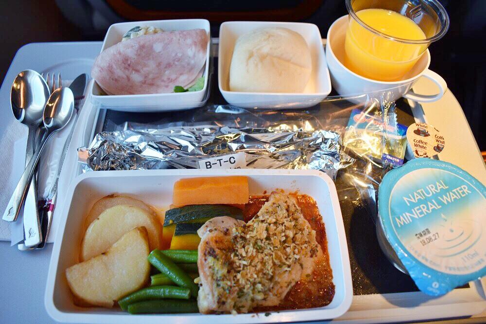 シンガポール航空機内食ブックザクック ハーブチキン