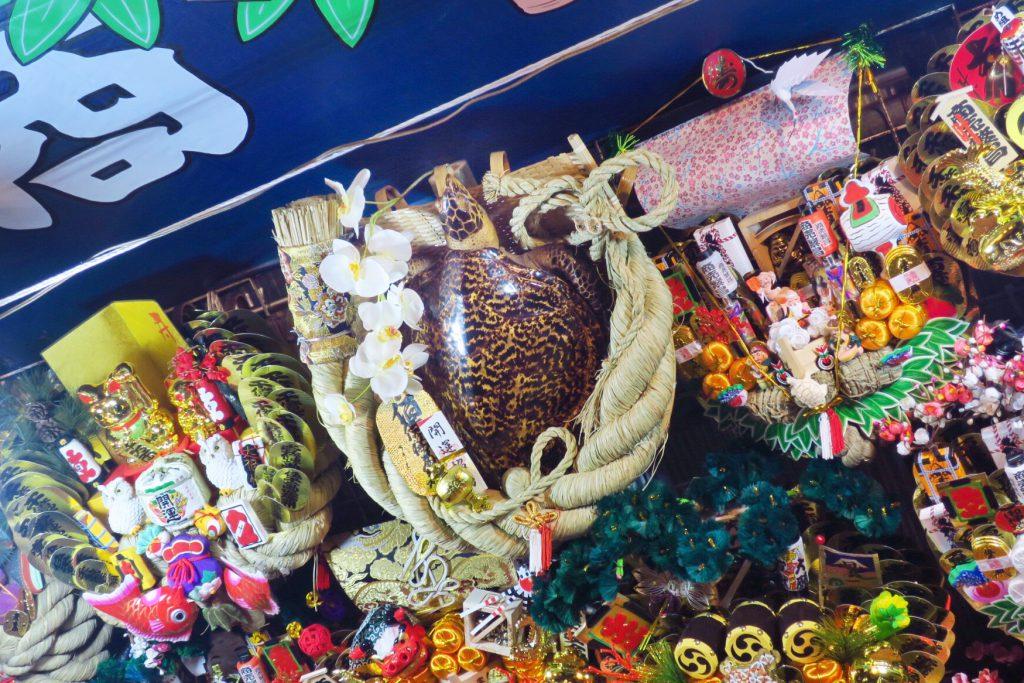 花園神社 酉の市 亀の熊手