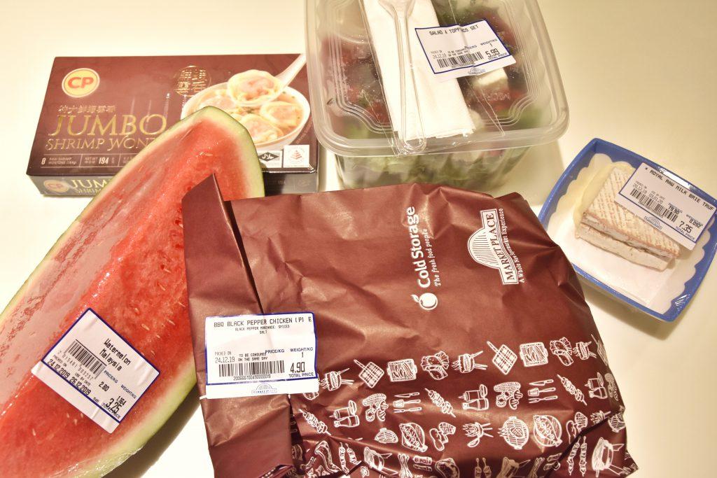 シンガポールのスーパーマーケットで購入した食材一覧