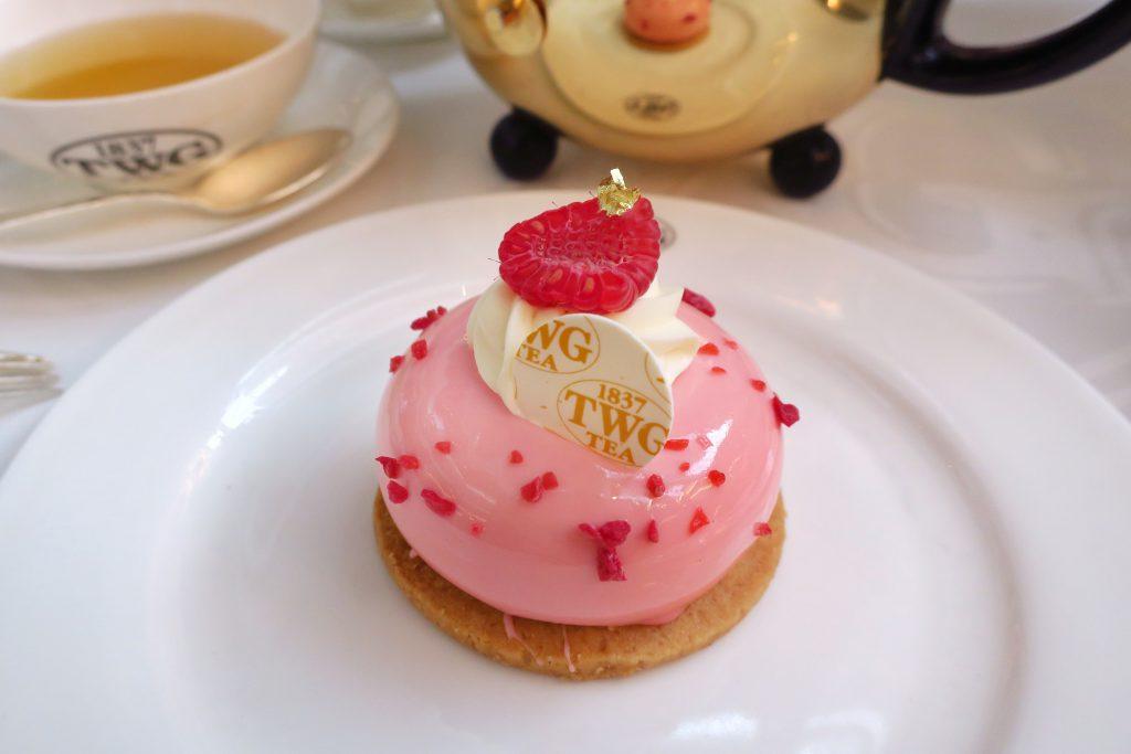 TWGのフランボワーズローズケーキ