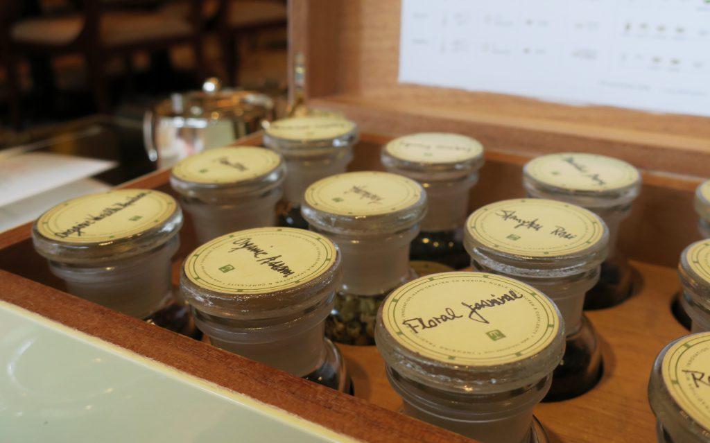 シンガポール・リージェントホテルの平日限定アフタヌーンティー 茶葉