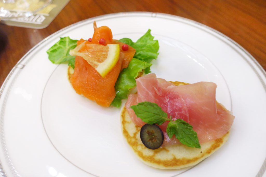 名古屋東急ホテルのアフタヌーンティー ミニパンケーキ